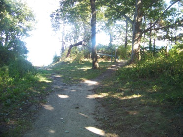sandy side trail at end of atlantic st on sea side trail