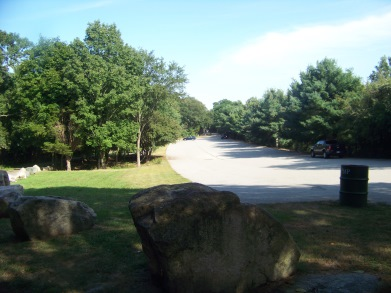 weymouth side parking lot at pond meadow park