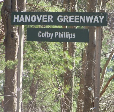 trail head sign on pleasant st in Hanover