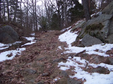 rocky climb to great brewster woods