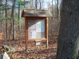 kiosk at cranberry pond red dot trail