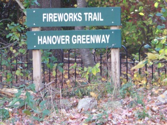 fireworks trail head sign