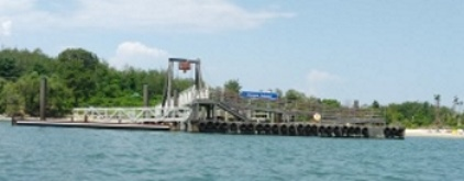 Nearing the pier at Grape Island.