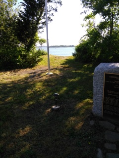 Donald Haviland Memorial next to a beach access trail.