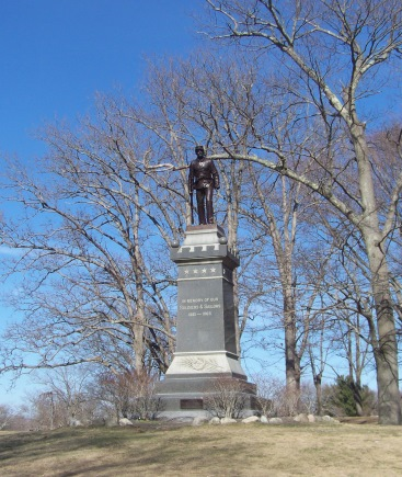 soldier's memorial at whitman park