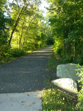 Whitney spur rail trail in Cohasset leads into Wompatuck State Park