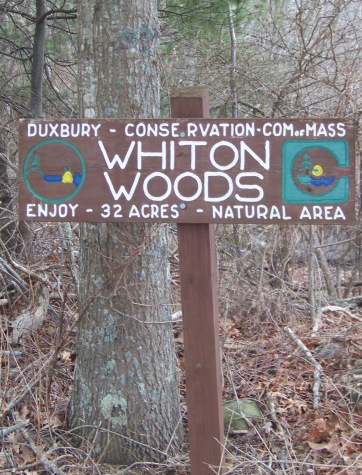 trail sign at whiton woods in duxbury
