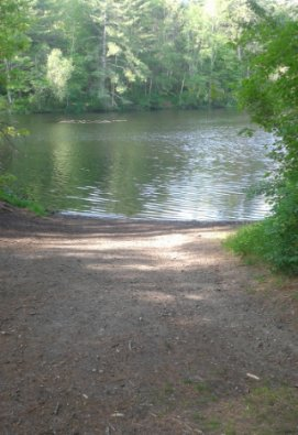 canoe launch at luddams ford park