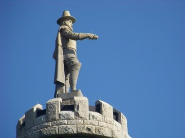 statue at top of myles standish monument
