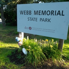 The sign announcing Webb Memorial State Park.